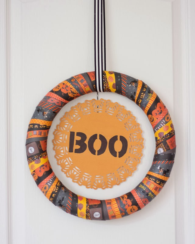 Halloween Boo Wreath made from washi tape #halloweenwreaths