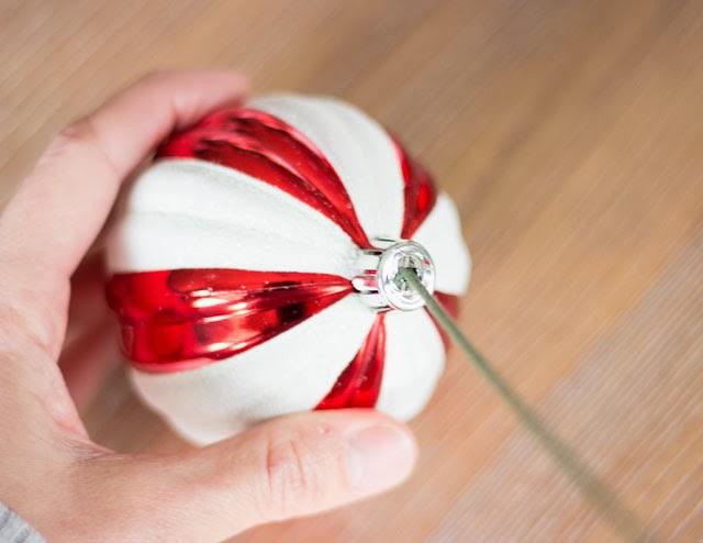 Christmas ornaments centerpiece ideas