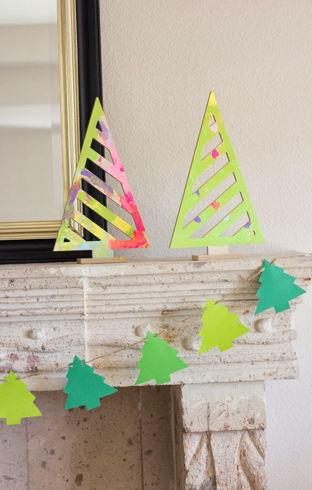 Make a DIY Christmas Tree Garland