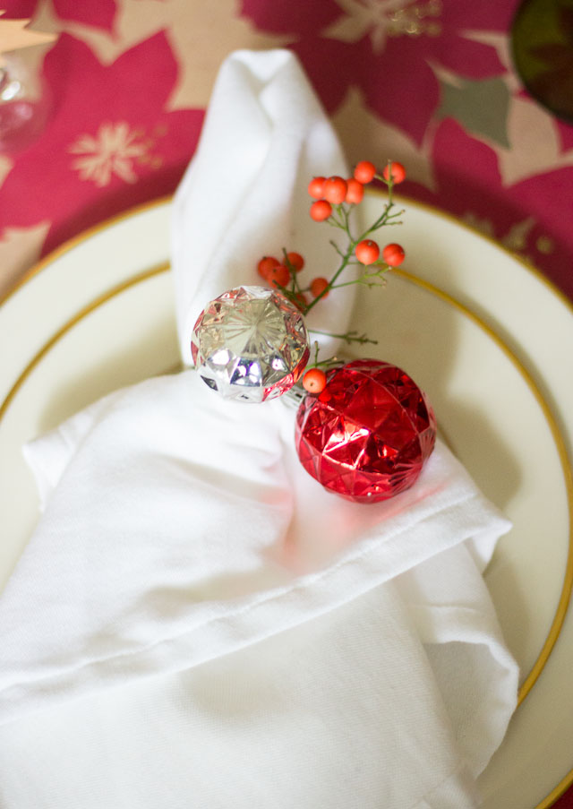 Simple Christmas table ideas #christmastable #christmastableideas