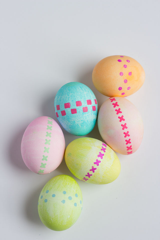 Modern stenciled Easter egg ideas