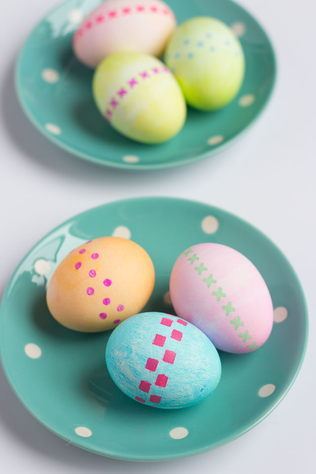 Easy Patterned Easter Eggs