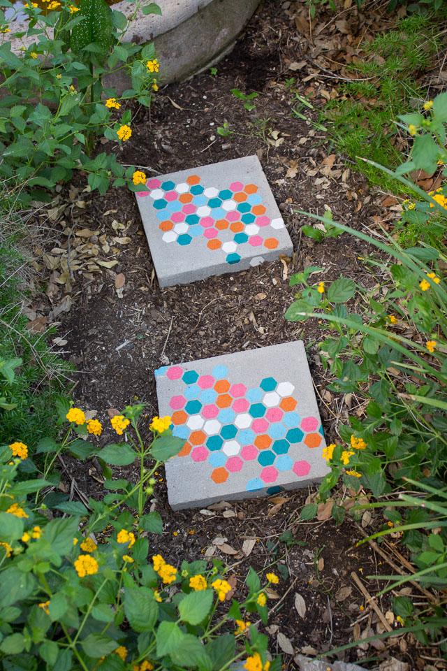 Stenciled Garden Stepping Stones Design Improvised