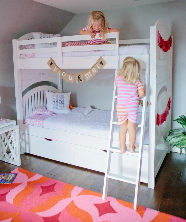 A sibling shared bedroom full of colorful details with Hayneedle.com || Design Improvised blog