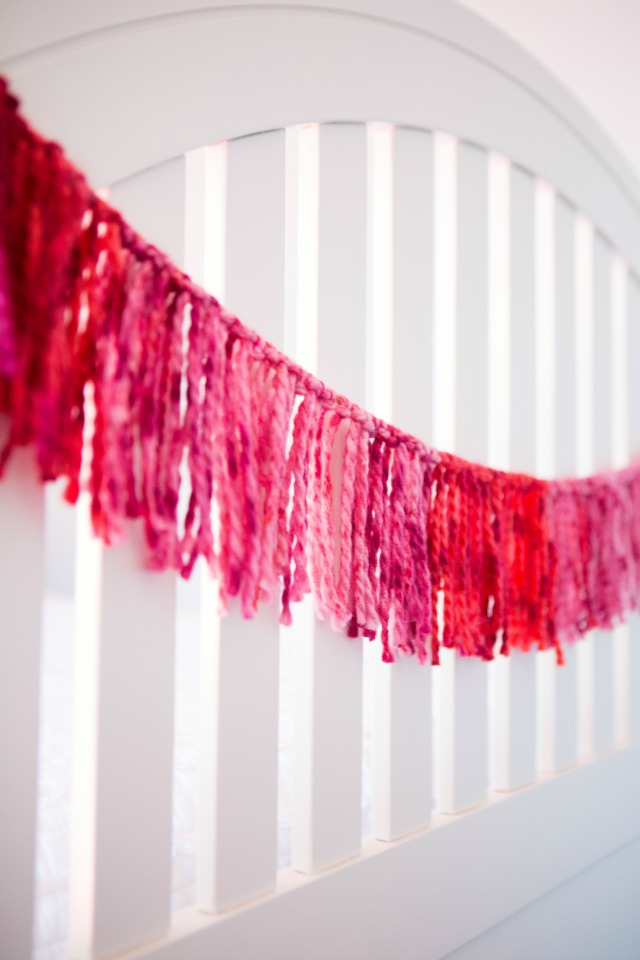 DIY yarn garlands - so simple and sweet! || Design Improvised blog