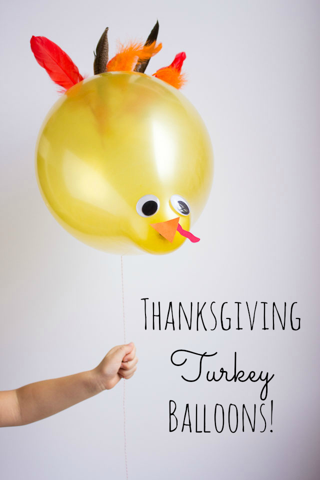Turkey balloons - the perfect addition for a Thanksgiving kids table!    http://www.designimprovised.com
