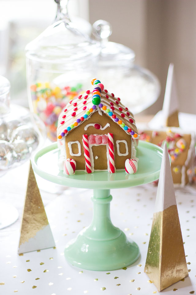 Sweet gingerbread house decorating party