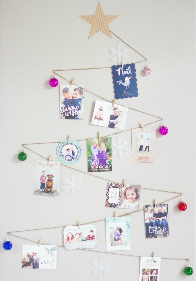 DIY Christmas Tree Holiday Card Display