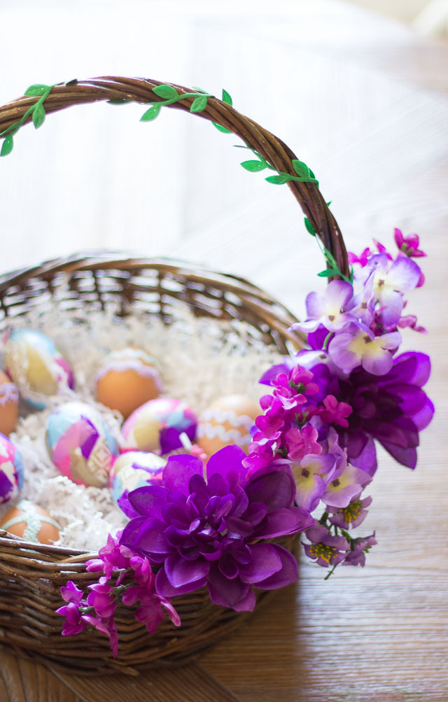 Make these gorgeous Easter baskets from thrifted baskets and dollar store flowers!