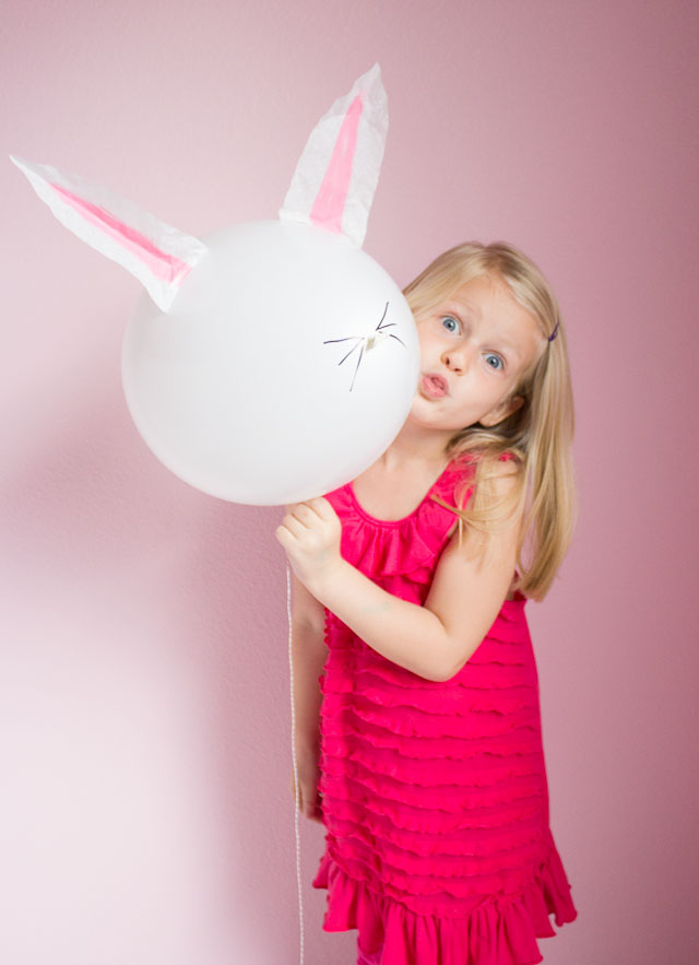 The cutest Easter bunny balloons!