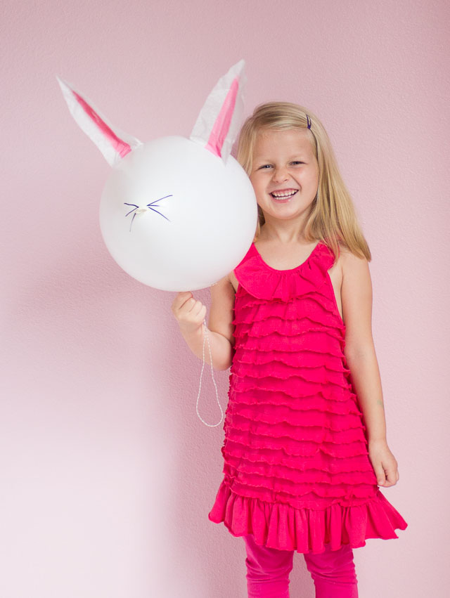 The Cutest DIY Easter Bunny Balloons!