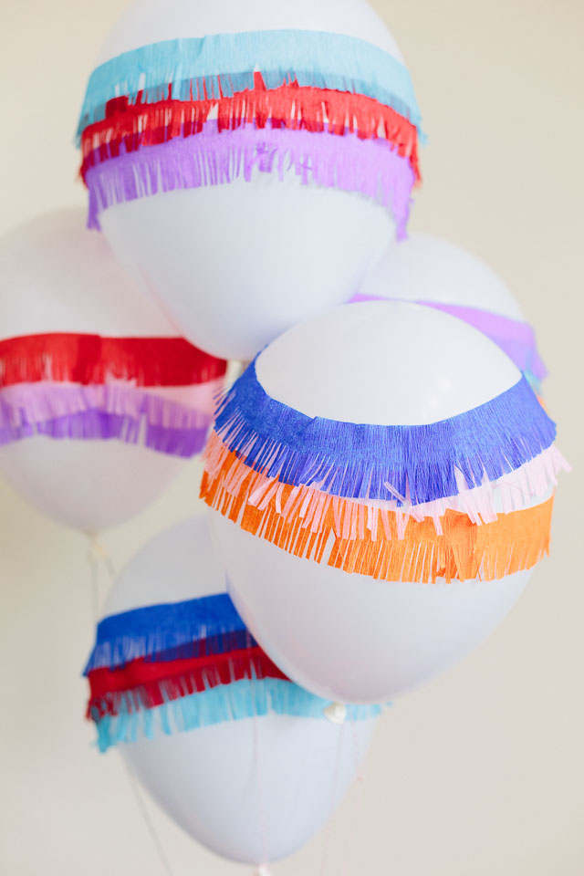 These DIY piñata balloons are the perfect party decorations for a Cinco de Mayo fiesta!