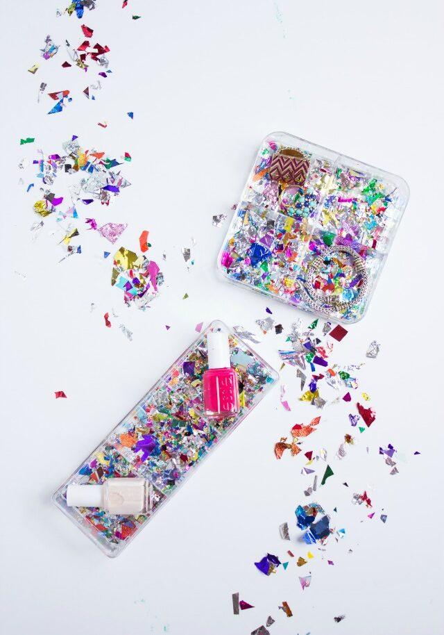 Acrylic confetti makeup organizer