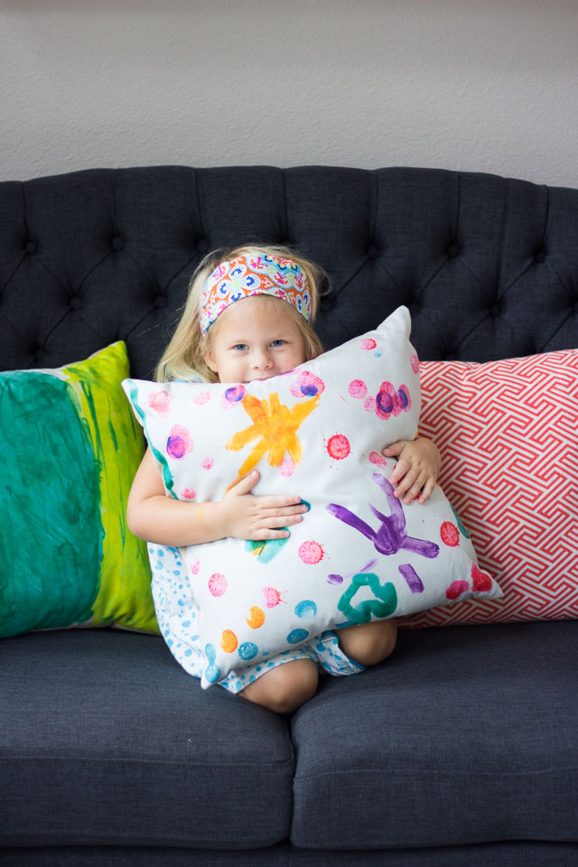 How to turn kids art into pillows #kidspillows