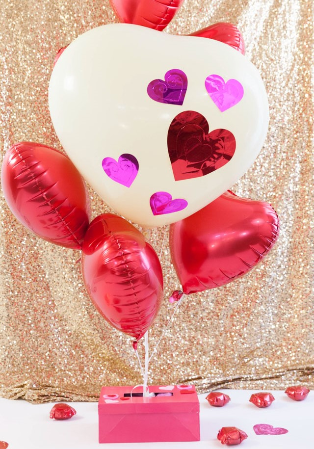 """Heart Attack"" Valentine's Day Balloons!"