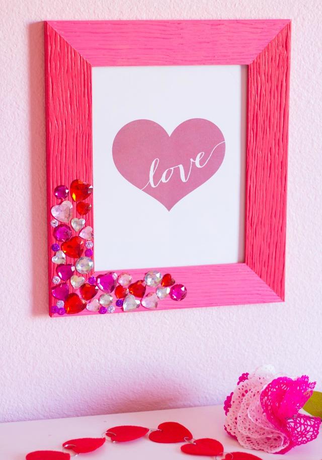 DIY Valentine Jewel Picture Frame