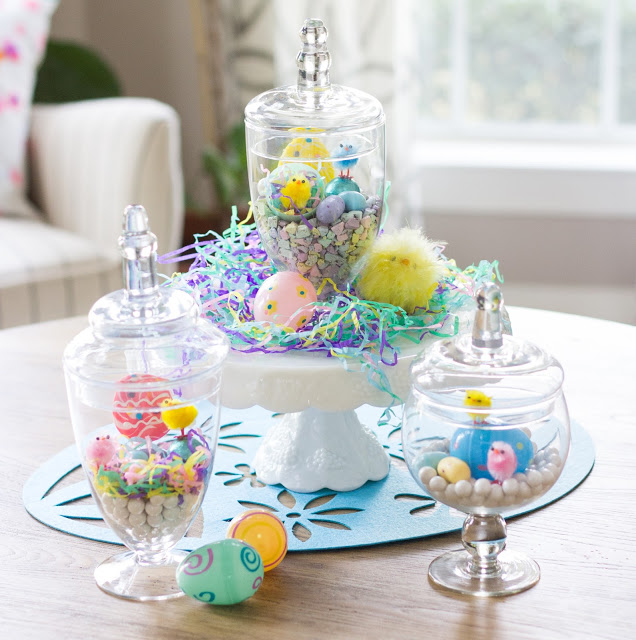 These sweet DIY terrariums would be such a fun Easter craft!