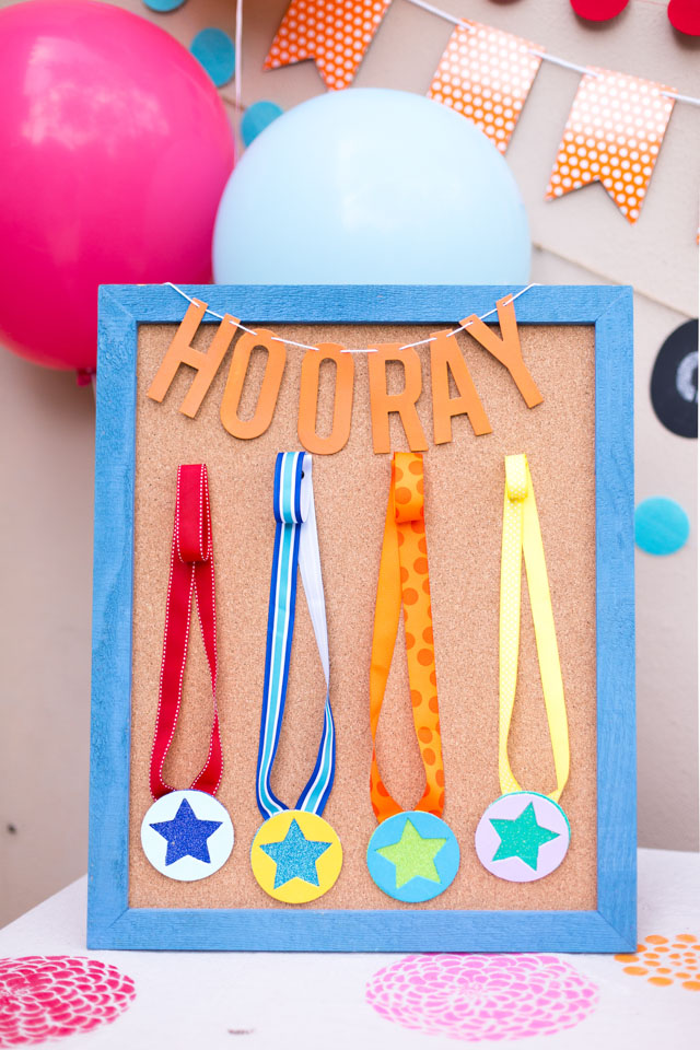 Host a field day themed party at home!