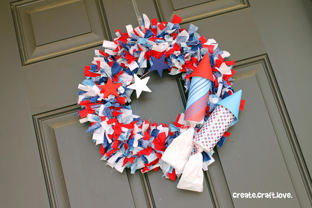 Firecracker rag wreath - great 4th of July wreath idea!
