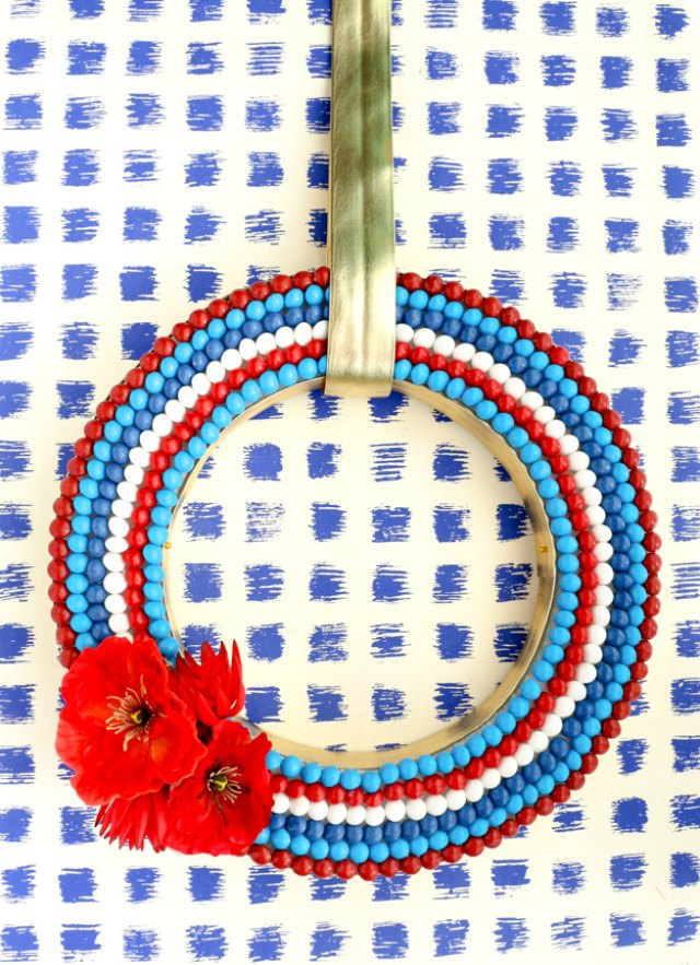 Patriotic 4th of July wreath - made from Skittles!