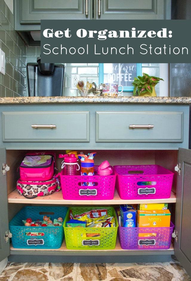 Turn a cabinet into a school lunch station to empower kids to make their own! #schoollunch #schoollunchideas #kidslunchideas