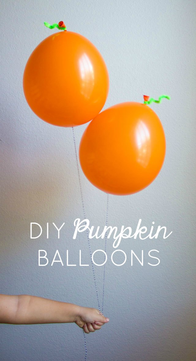 Make these DIY pumpkin balloons for simple Halloween or fall party decor!