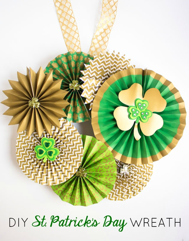 St. Patrick's Day Paper Fan Wreath