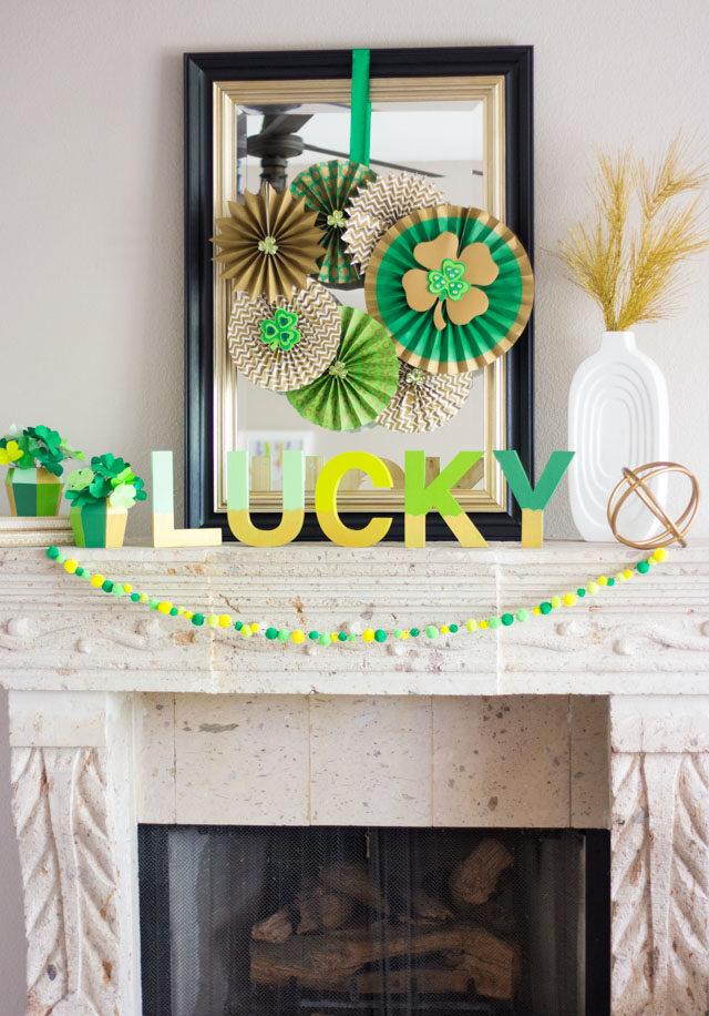 A Lucky St. Patrick's Day Mantel!