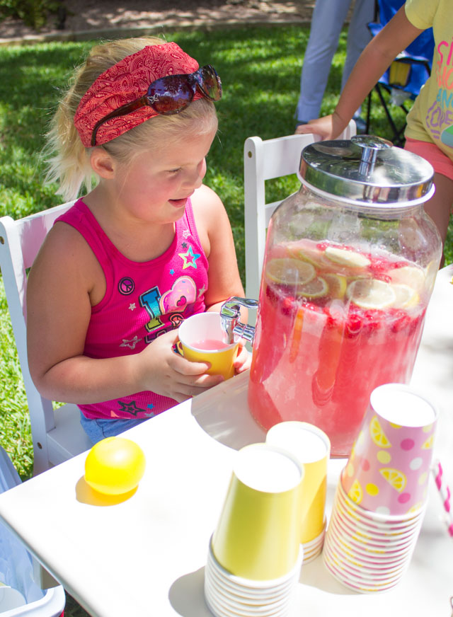 Kids Week: The Coolest Lemonade Stand! - Design Improvised