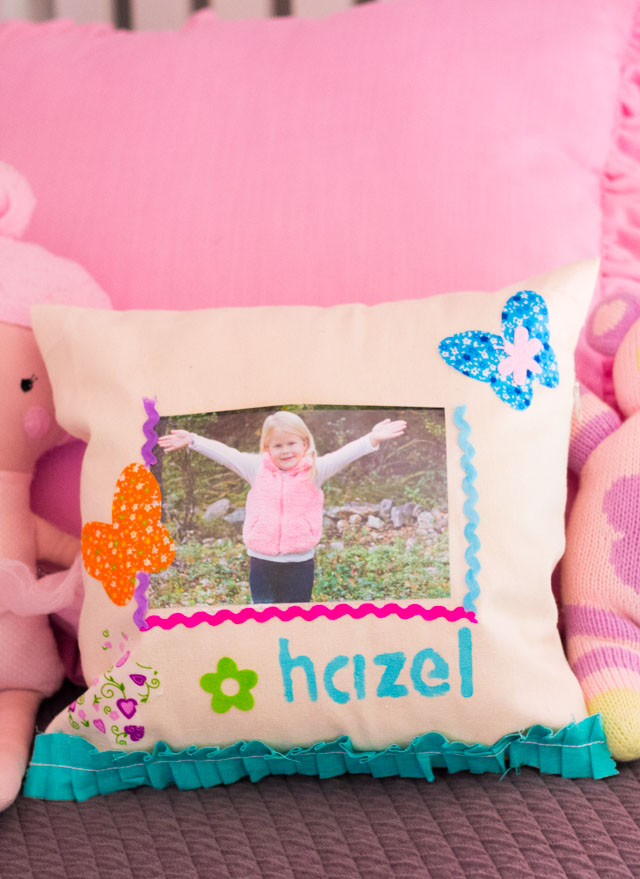 How to make personalized photo pillows #kidspillowcrafts #kidspillows #photopillows