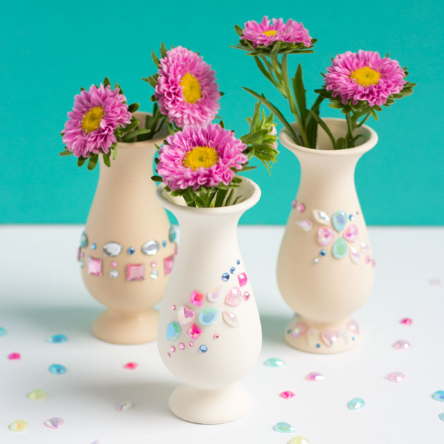 Decorate vases with peel-and-stick rhinestone jewels for a simple kids craft!