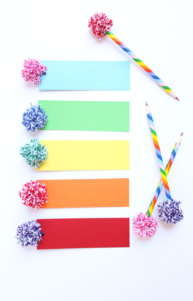 The cutest baker's twine pom-poms - perfect for bookmarks and pencil toppers!