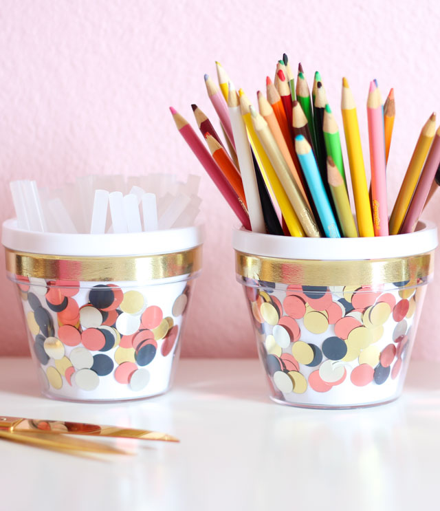 Decorate Your Desk: DIY Confetti Containers