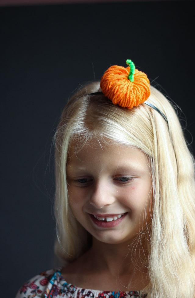 How to make a Halloween pumpkin headband #pumpkinheadband #halloweenheadband