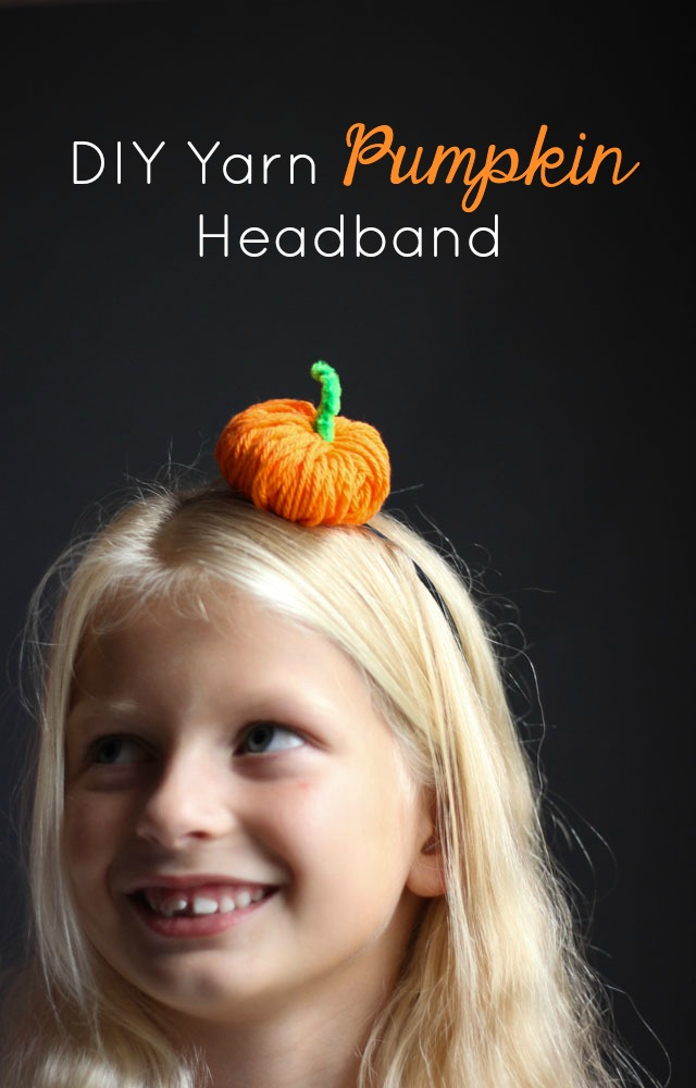 Make this cute Halloween pumpkin headband in 5 minutes with yarn!