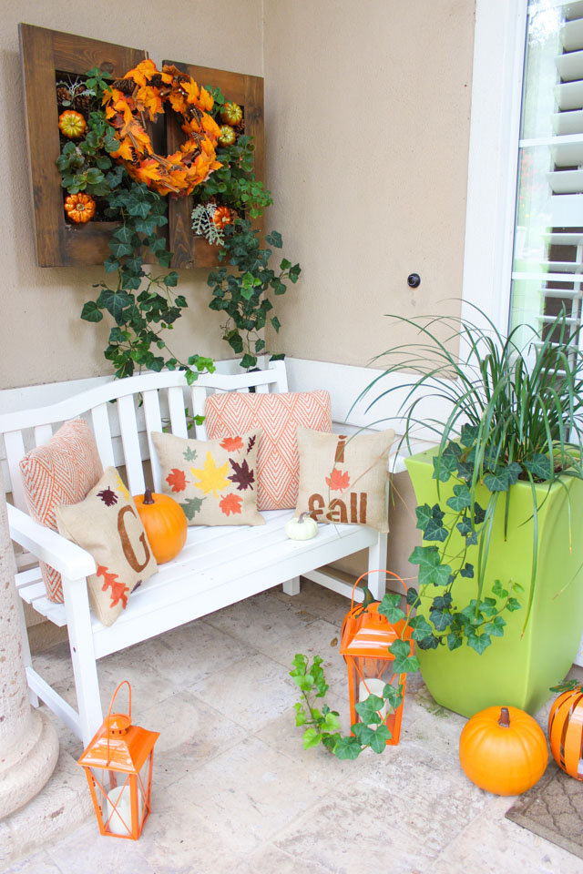 Check out these simple and festive fall front porch ideas!