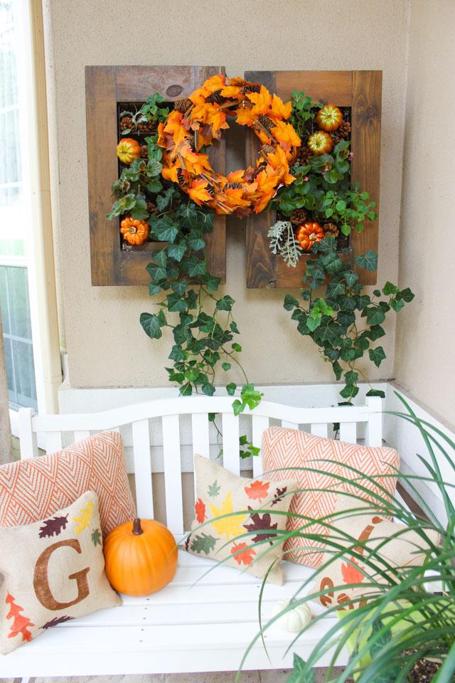 Cute DIY burlap fall pillows!