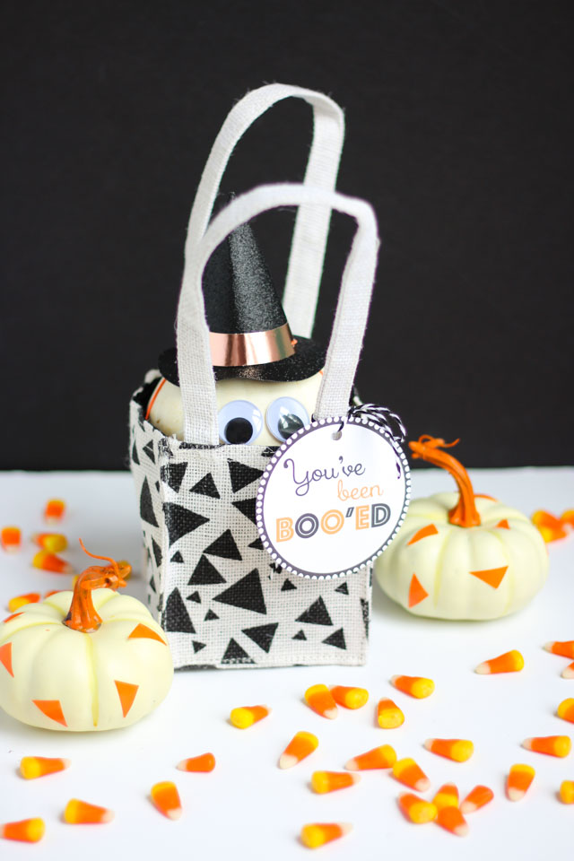 """Surprise your friends this Halloween with these simple """"You've Been Booed"""" ideas like this mini pumpkin!"""