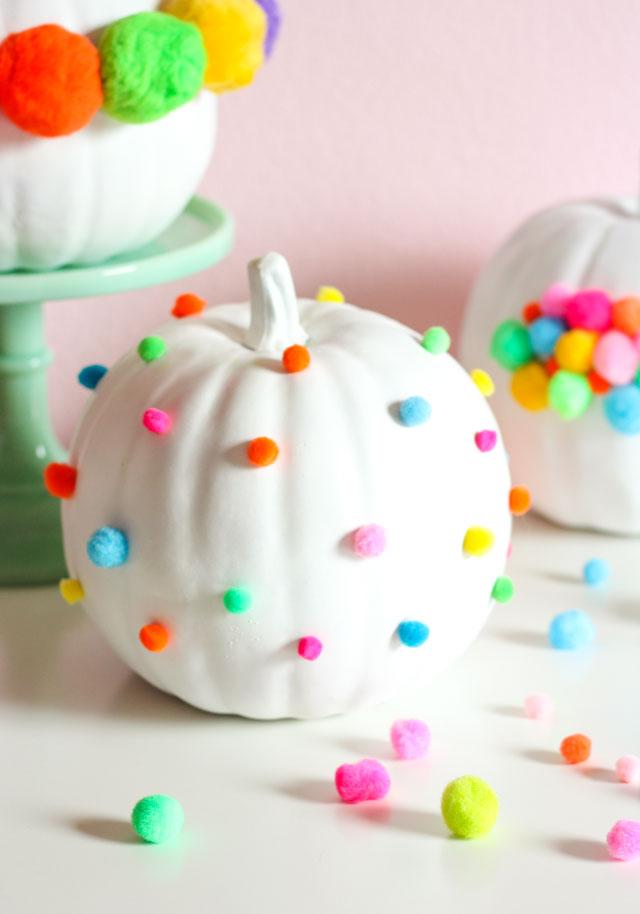 DIY Pom-Pom Pumpkins