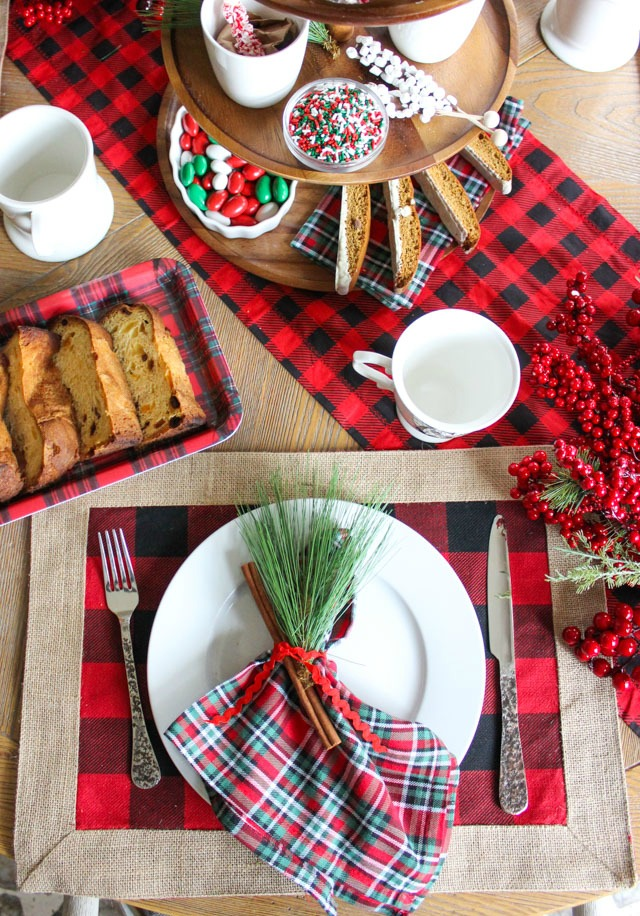6 Ideas for a Fabulously Plaid Christmas Table