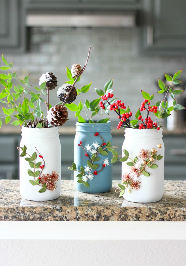 DIY Mason Jar Christmas Vases