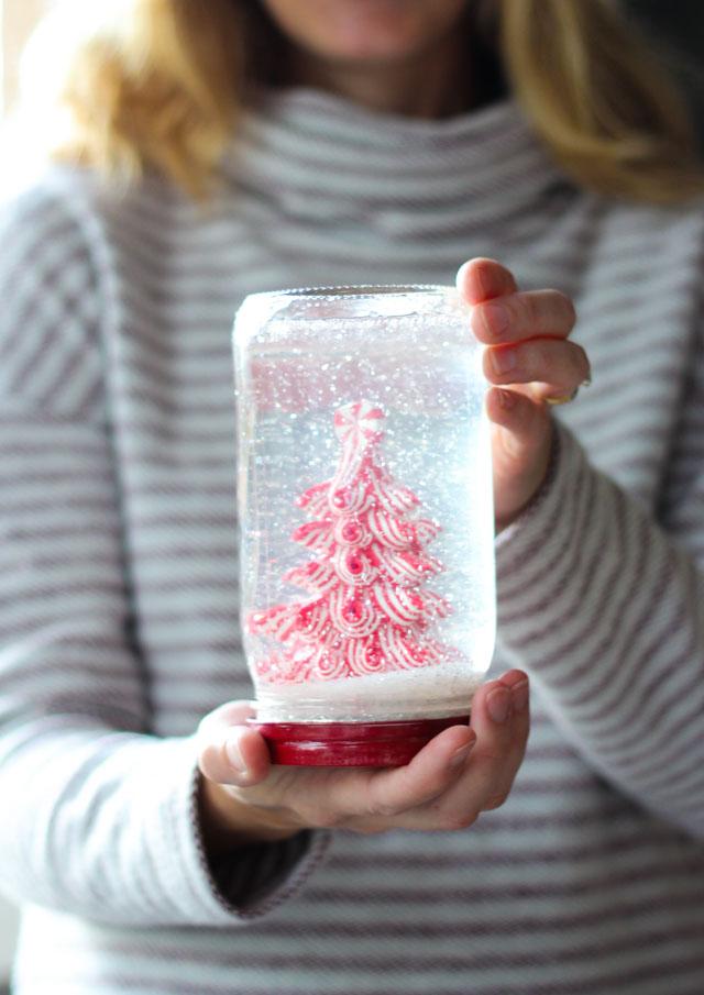 Mason ball jar snow globe idea