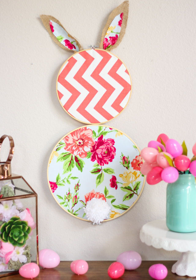 How to make an embroidery hoop easter bunny