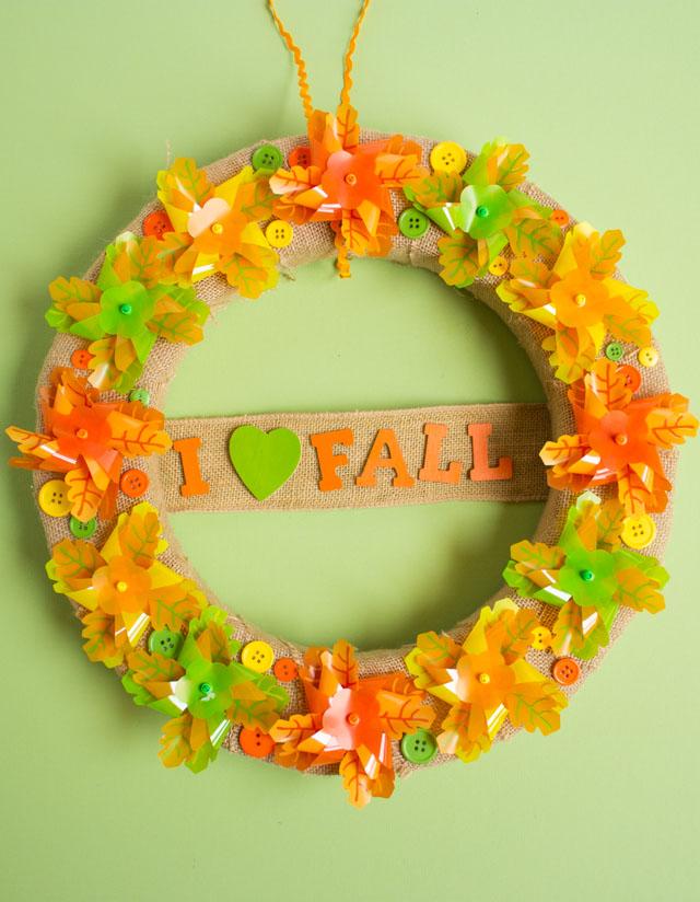 "DIY ""I Heart Fall"" Pinwheel Wreath Tutorial"