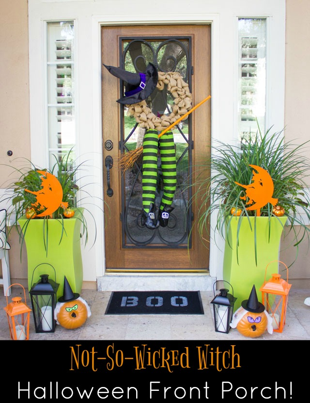 Cute ideas for decorating your front porch with witch decor for Halloween! #halloweenfrontporch #halloweendecor #witchdecor
