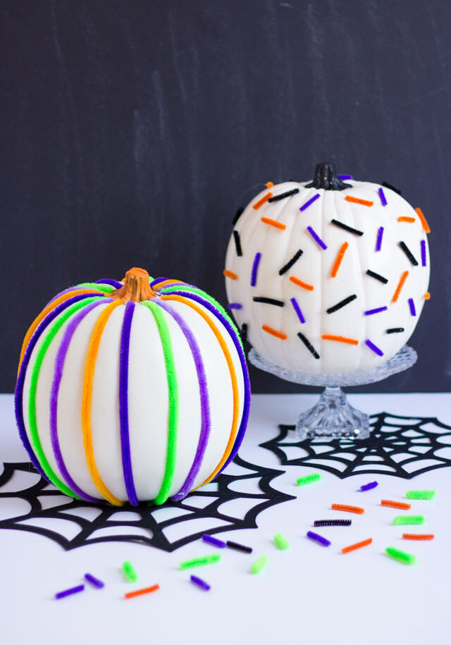 Pumpkin Week: Pipe Cleaner Pumpkins