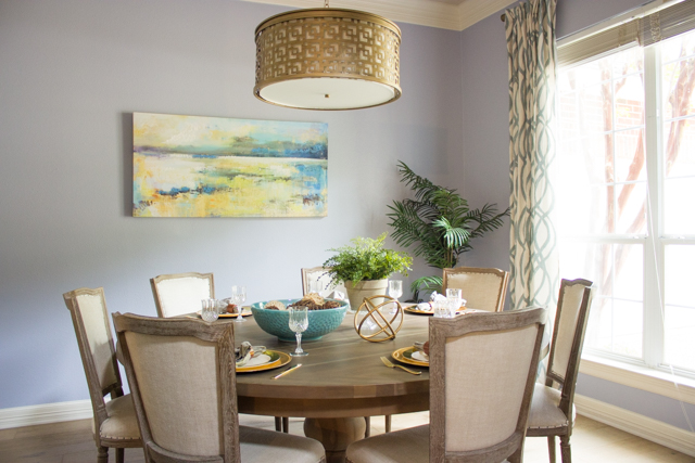 Serene blue and gold modern dining room makeover #diningroom #moderndiningroom #bluediningroom #diningroommakeover