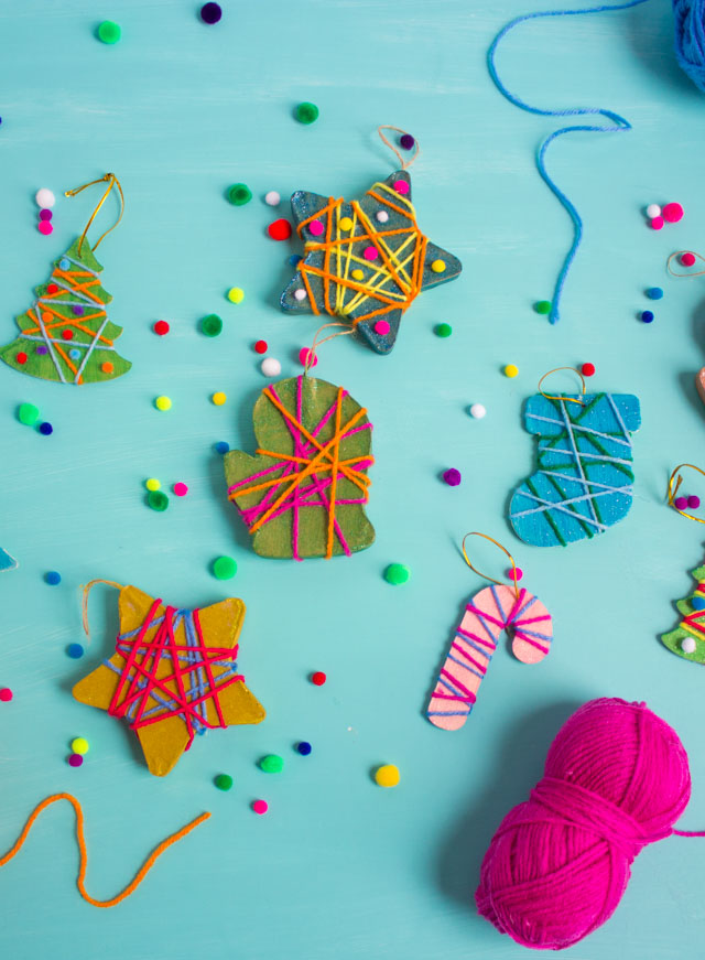 Yarn Wrapped Christmas Ornaments #kidschristmascrafts #kidsornamentcrafts