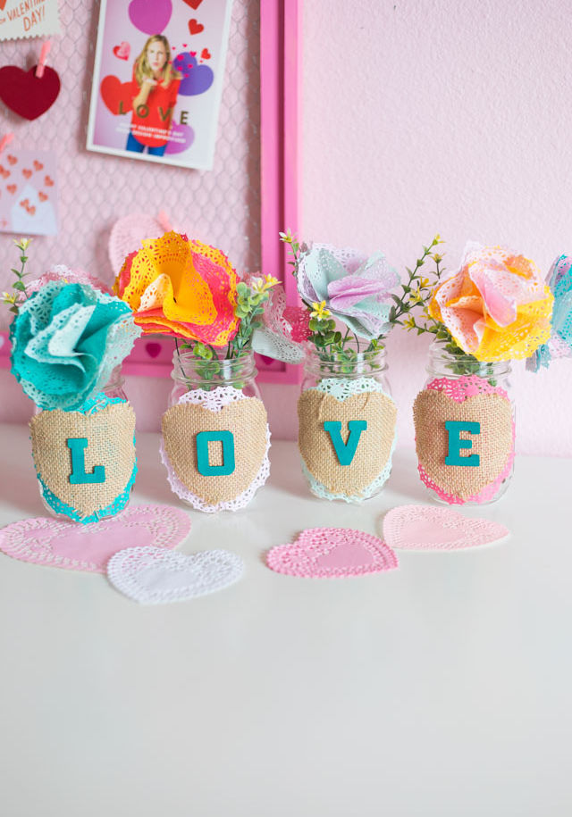 Love Week: Valentine's Day Mason Jar Bouquets