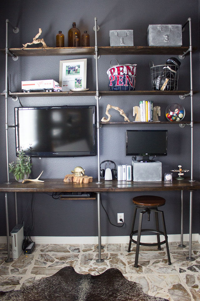 Pipe and wood industrial shelves